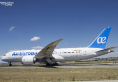 Air Europa Boeing 787-8 Dreamliner EC-MOM