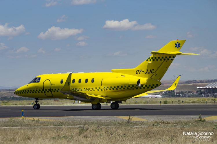 Ambulancia Hawker Beechcraft 800XP OY-JJC