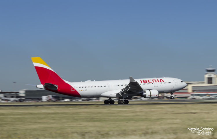 Iberia Airbus A330 EC-MMG
