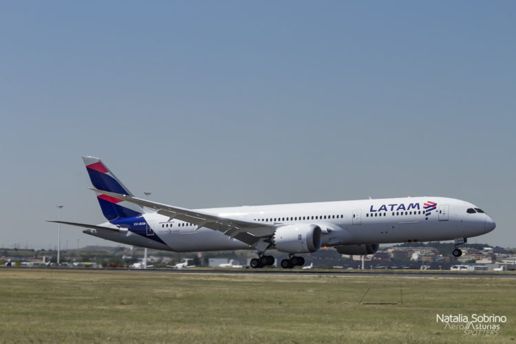 Latam Boeing 787-8 Dreamliner CC-BGM